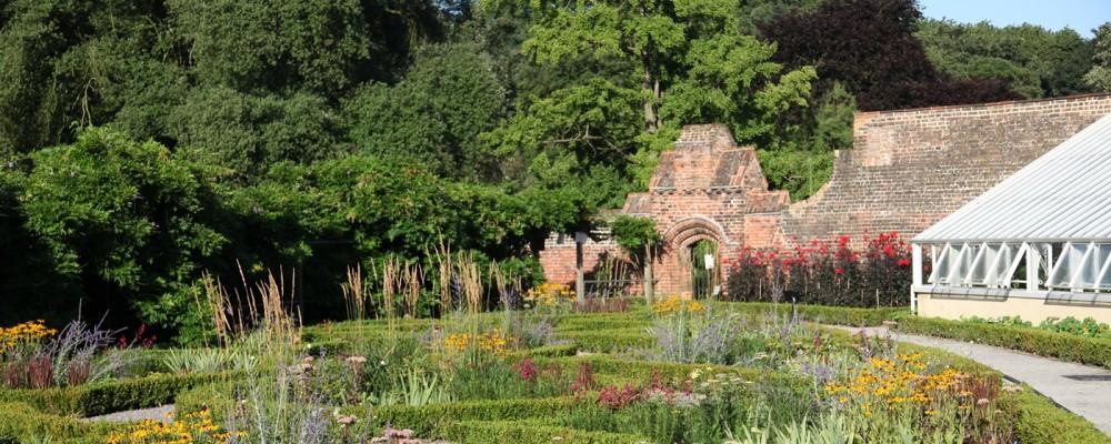 fulham_palace_knot_garden-1000x400